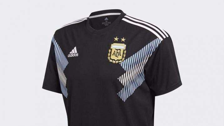 Las camisetas de las selecciones juegan su propio mundial de diseño y  tecnología a066f299e33e0